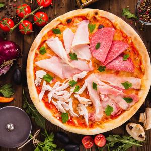 Пицца «Ветчина и колбаса»
